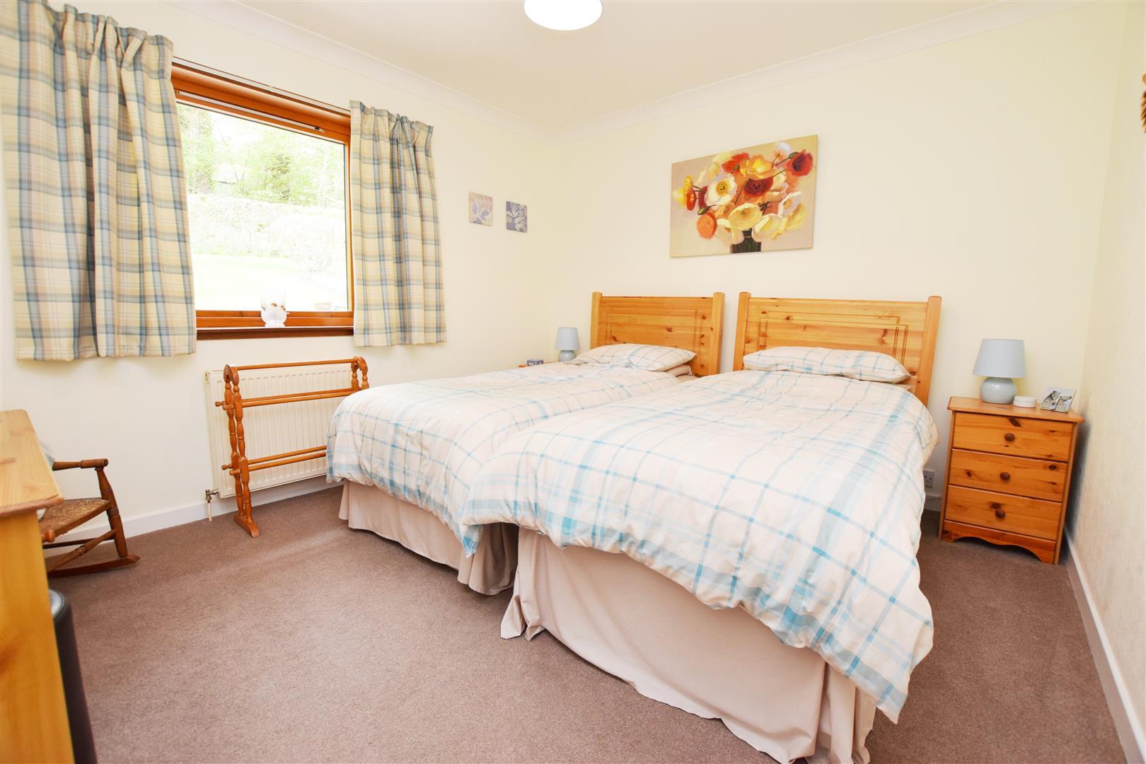 16, Sandeman Place, Luncarty, Perthshire, PH1 3RJ, UK